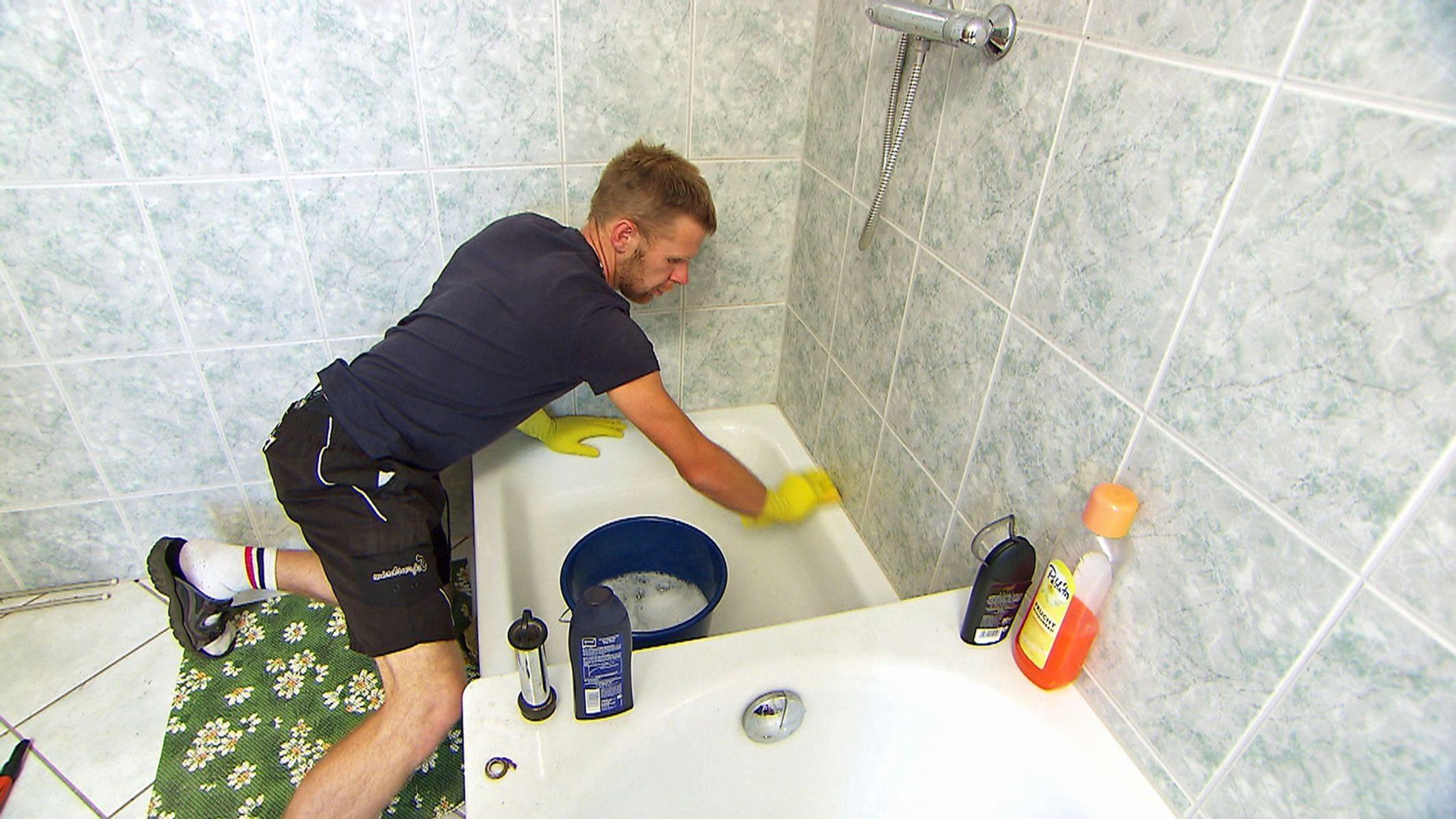 bauer sucht frau 2013 – folge 2 – brian putzt das badezimmer, Badezimmer ideen