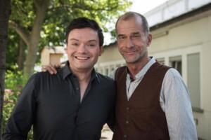 """Georg Uecker als """"Dr. Carsten Flöter"""" in der ARD-Serie """"Lindenstraße"""""""